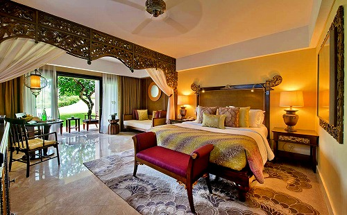 3_resort_view_room1.jpg