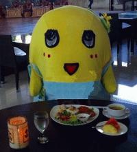 ☆ふなっしー バリ島でなっしーゴレンを食べ レゴンダンスを踊ったなっしー♪☆