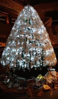 バリ島の素敵なクリスマスツリー インターコンチネンタル